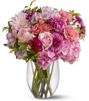 Close to Your Heart by Davis Floral Comany, your Brownwood, Texas (TX)
