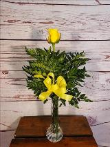 1 Rose in Vase, Yellow by Davis Floral Comany, your Brownwood, Texas (TX) Florist