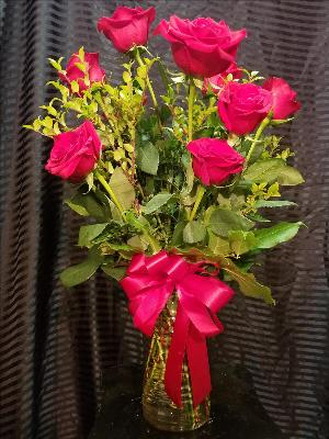 12 Red Roses by Davis Floral Comany, your Brownwood, Texas (TX) Florist