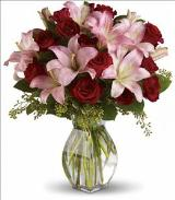 Lavish Love by Davis Floral Comany, your Brownwood, Texas (TX) Florist