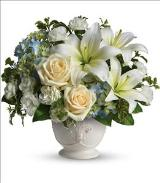 Beautiful Dreams by Teleflora by Davis Floral Comany, your Brownwood, Texas (TX) Florist