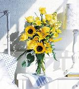 Yellow Roses & Sunflowers by Davis Floral Comany, your Brownwood, Texas (TX) Florist