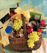 Gourmet Picnic Basket by Davis Floral Comany, your Brownwood, Texas (TX) Florist
